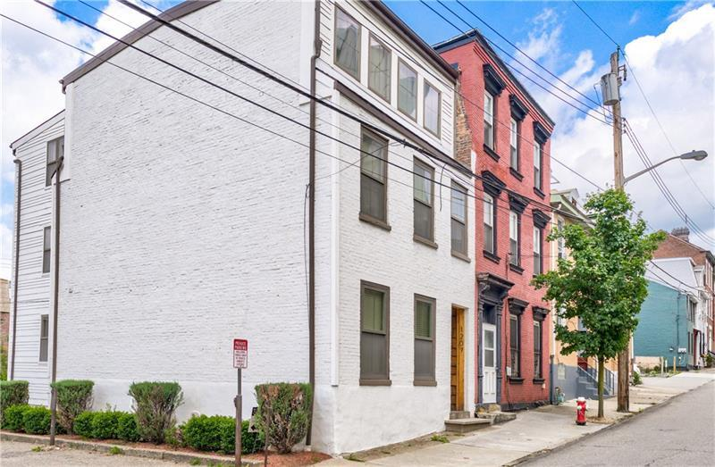 1207  Sandusky Street, Central North Side