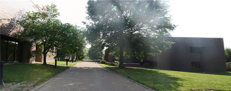 200  Parkwest Dr Photo 1