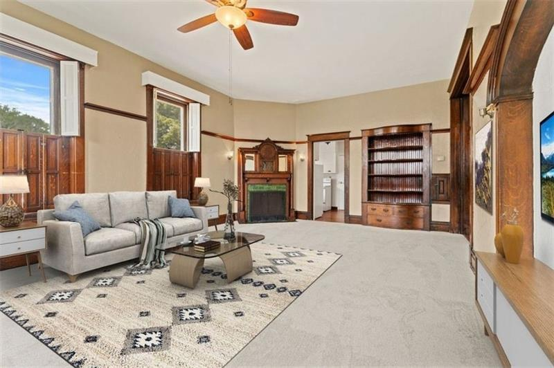115  7th Ave #4